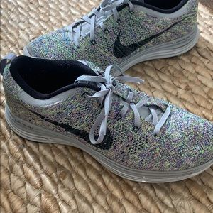 Nike Lunar Flyknit shoes